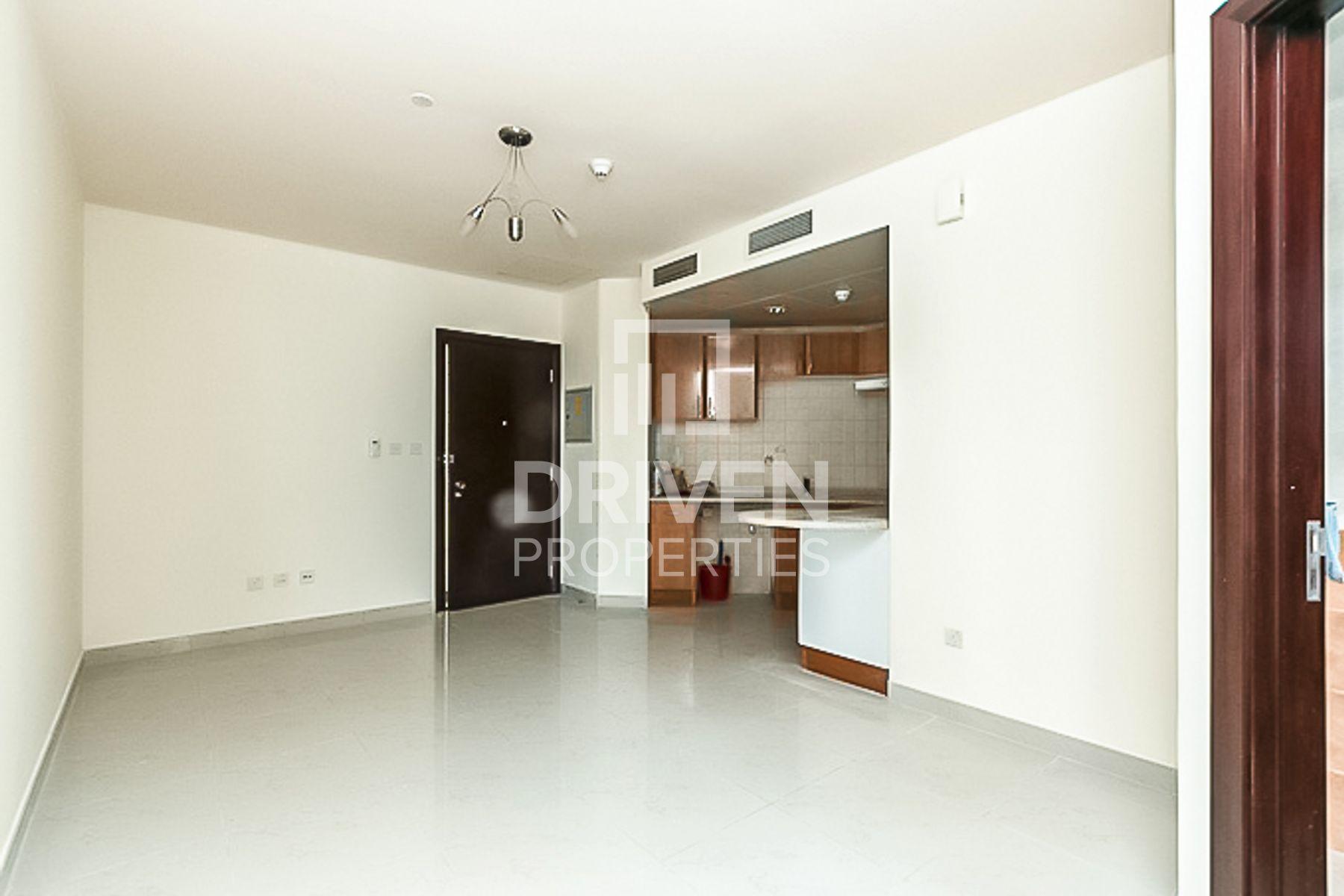 Studio for Sale in New Dubai Gate 1 - Jumeirah Lake Towers