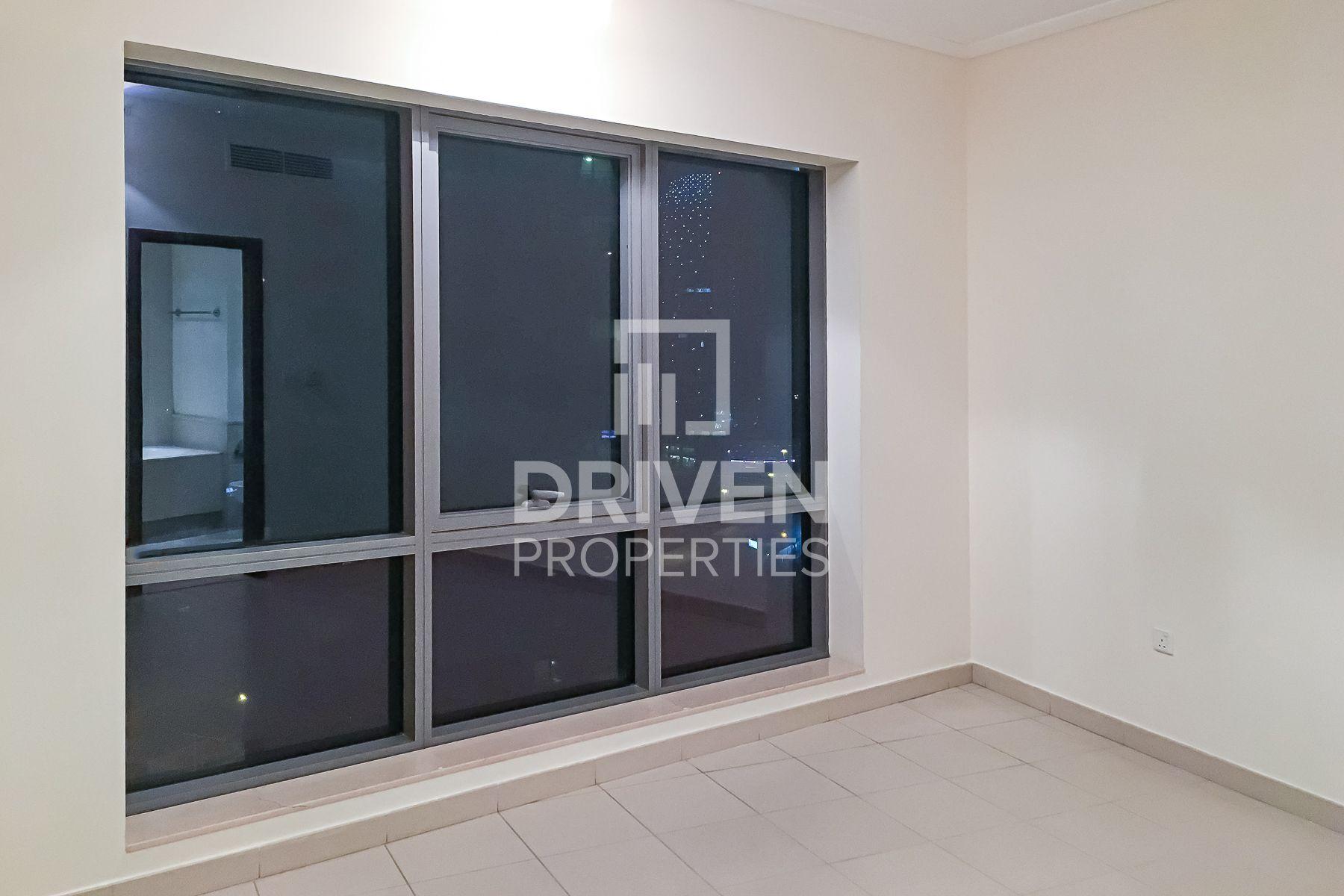 للبيع - شقة - البرج الجنوبي 3 - دبي وسط المدينة