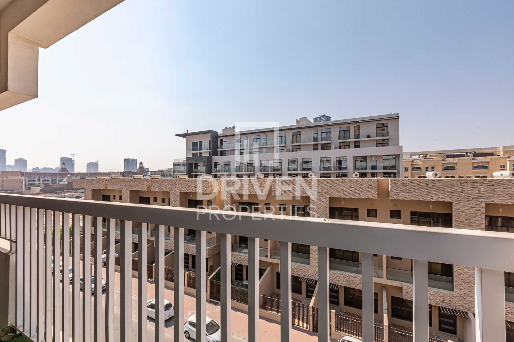 للبيع - شقة -  - Jumeirah Village Circle