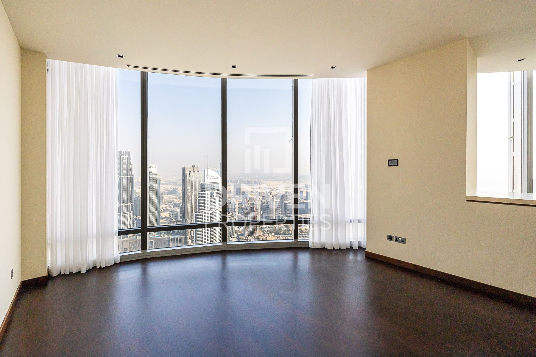 2 bed W/ Full Fountain Views | Tenanted