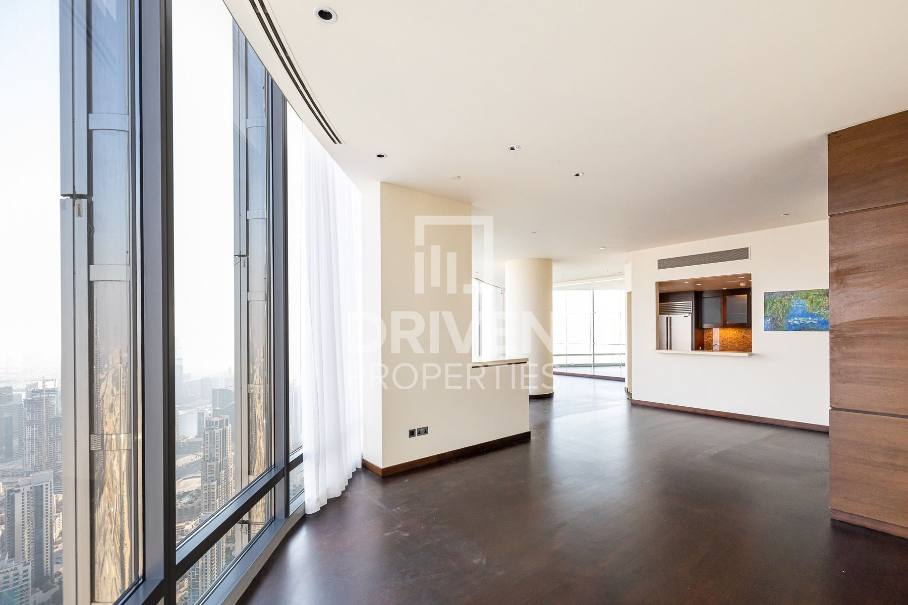 Full Fountain Views | Tenanted Apartment