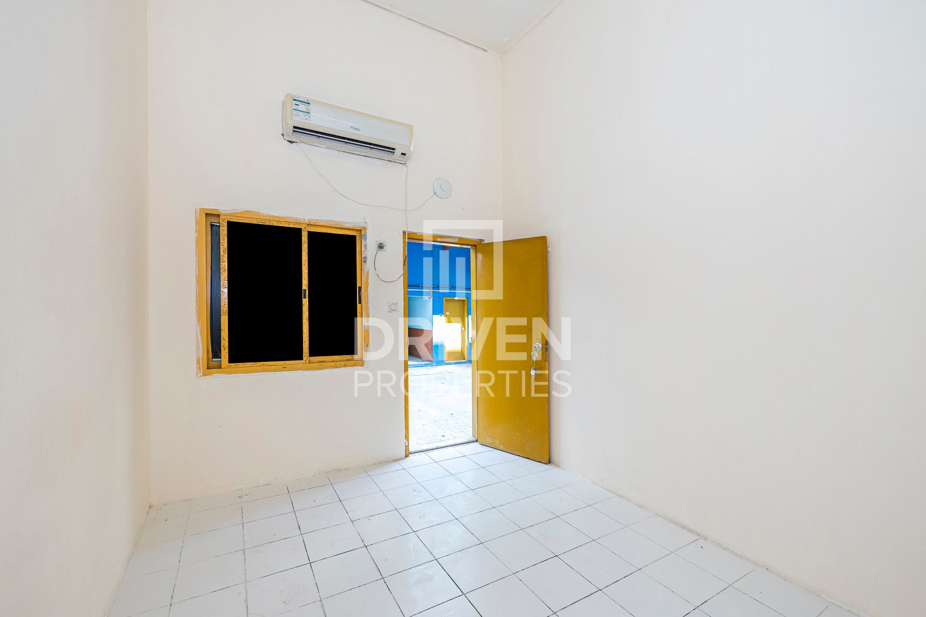 For Rent 140 Room Labour Camp in Al Qouz