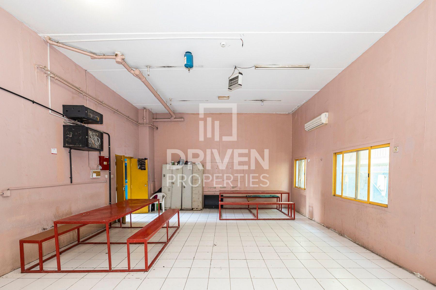 Labour camp for Rent in Al Quoz Industrial Area 3 - Al Quoz
