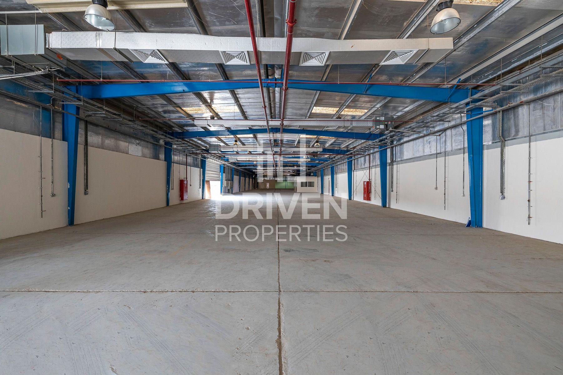 Warehouse for Rent in Jebel Ali Industrial 1 - Jebel Ali