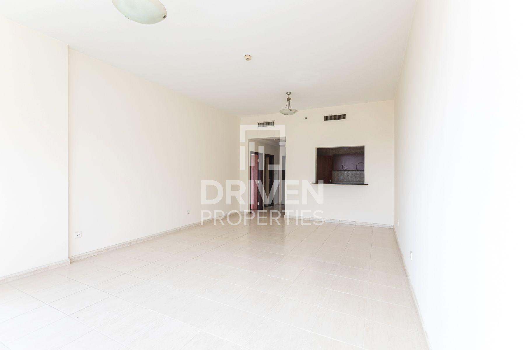 987 قدم مربع  شقة - للايجار - مدينة دبي الرياضية