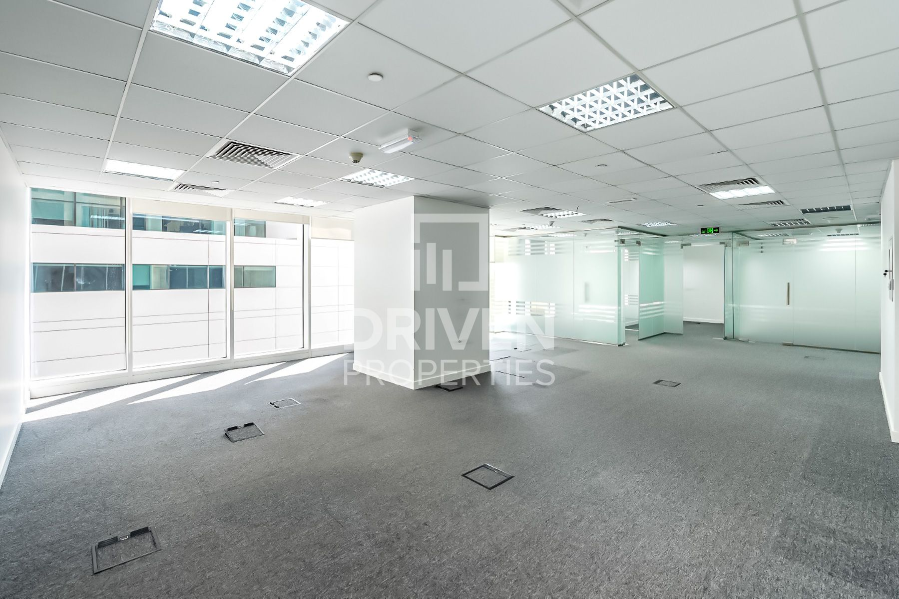 Full floor for Rent in Maze Tower - Sheikh Zayed Road