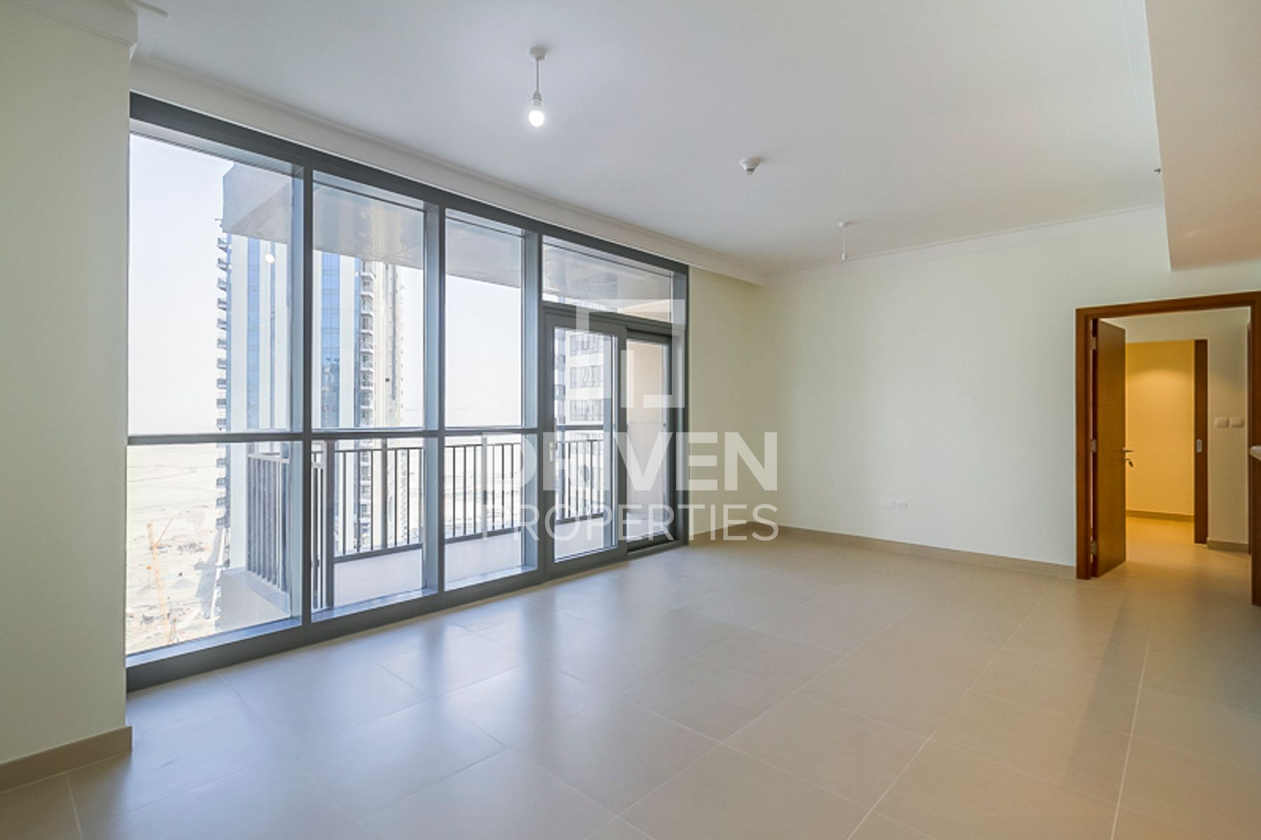 Ready to Move in Apartment in High Floor