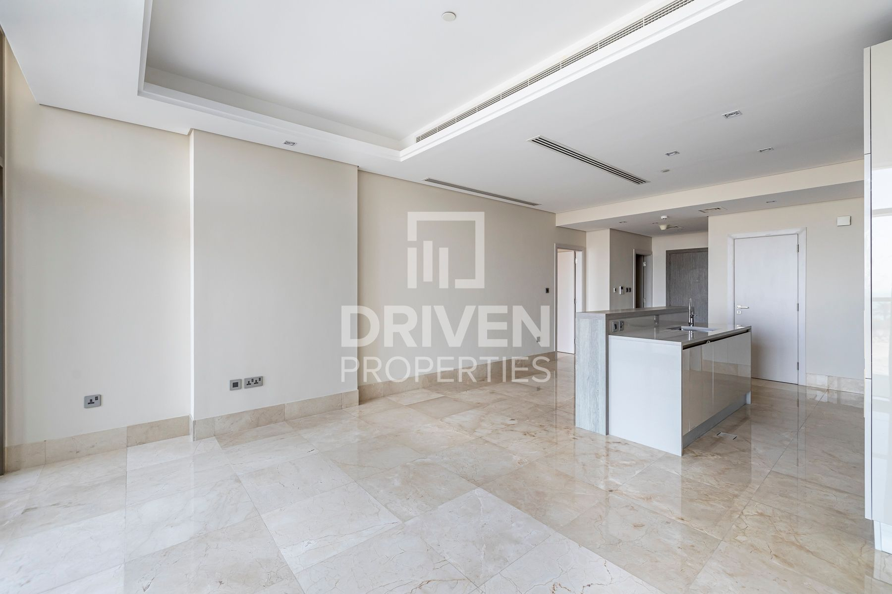 Vacant Unit | Mid Floor | Best Sea Views