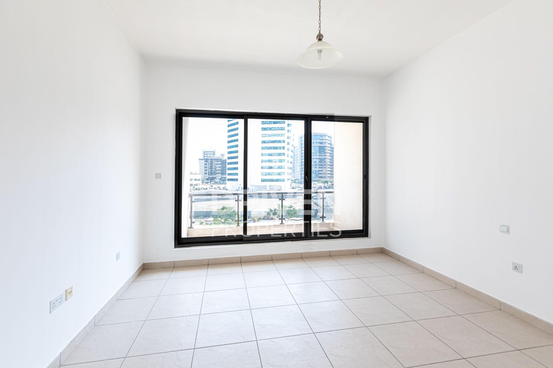 للايجار - شقة - API TECOM Residency - برشا هايتس (تيكوم)