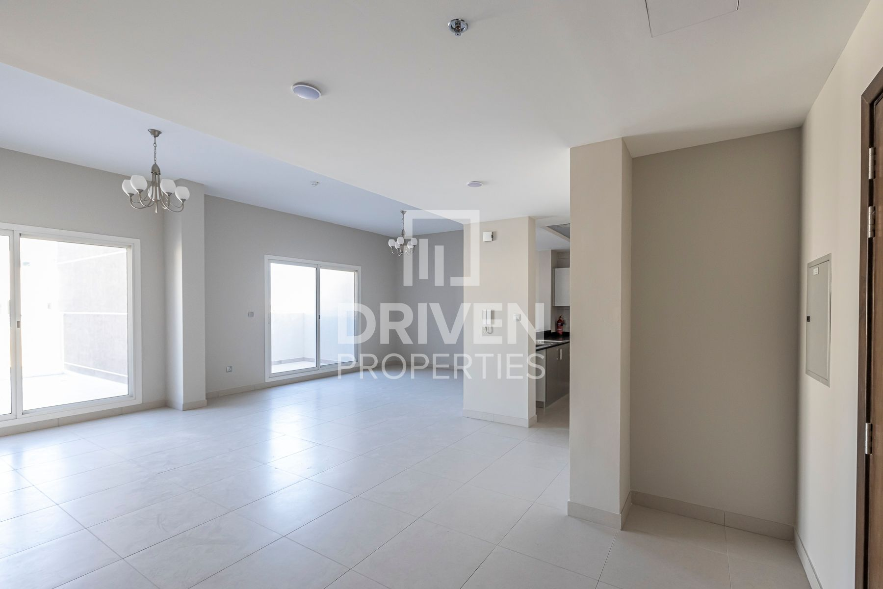 Brand new | Spacious Unit | with Terrace