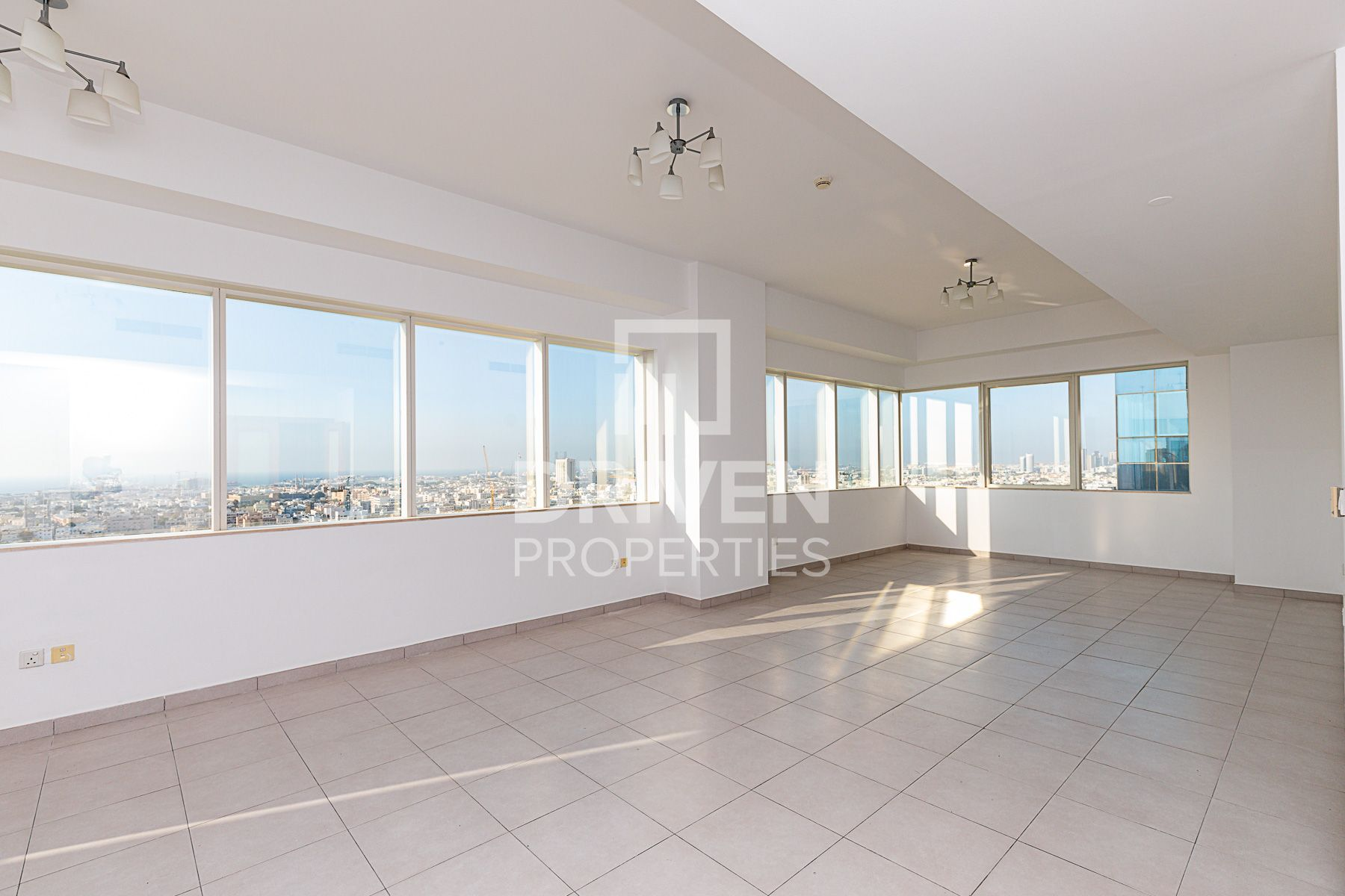 Chiller Free | Sea View | on High Floor