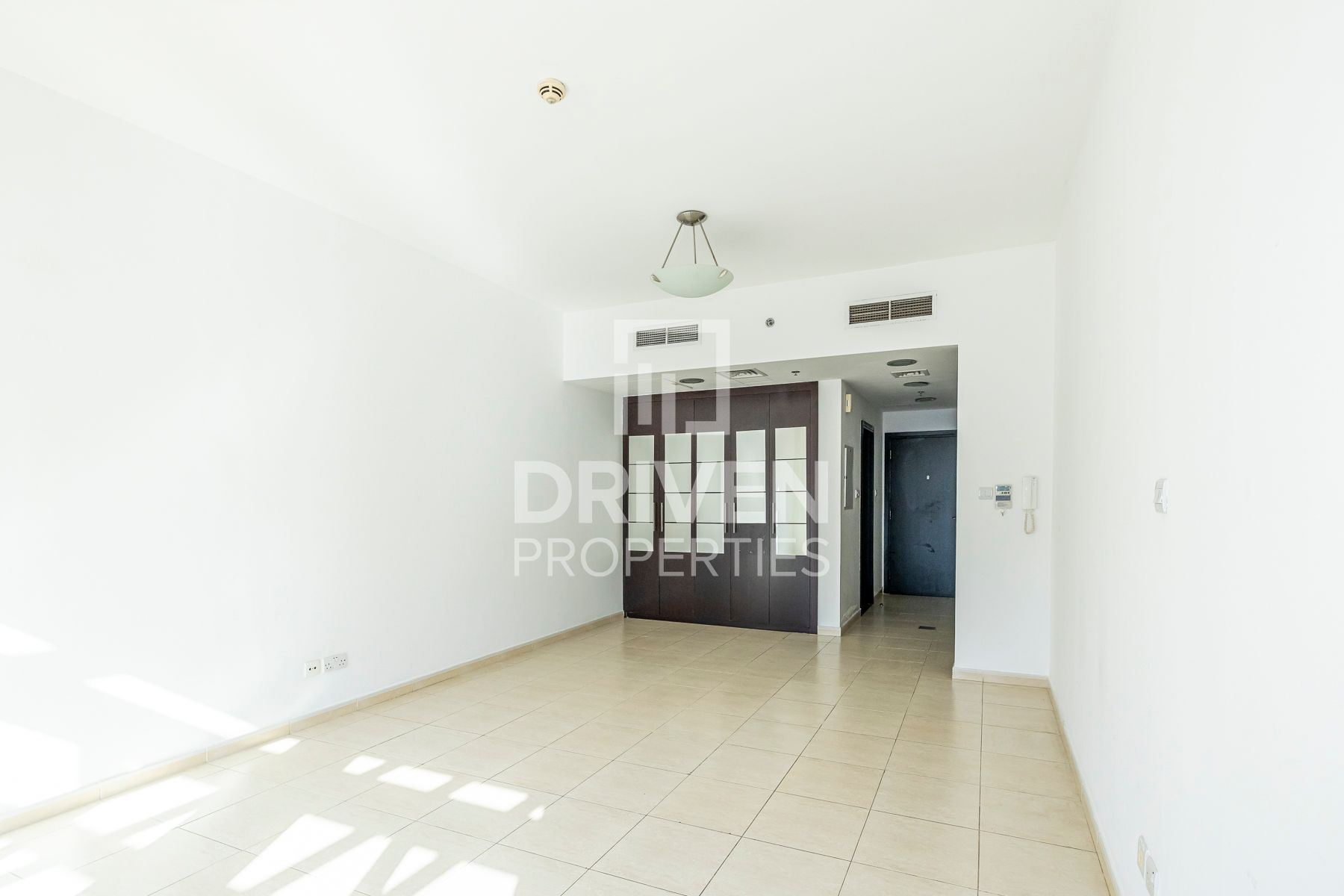 Well-maintained Studio Apt | Pool Facing