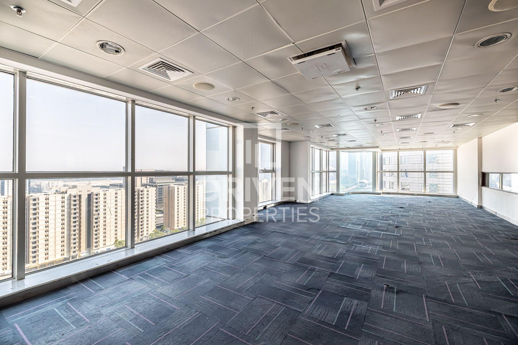للايجار - مكتب - اي بي اي وورلد تاور - شارع الشيخ زايد