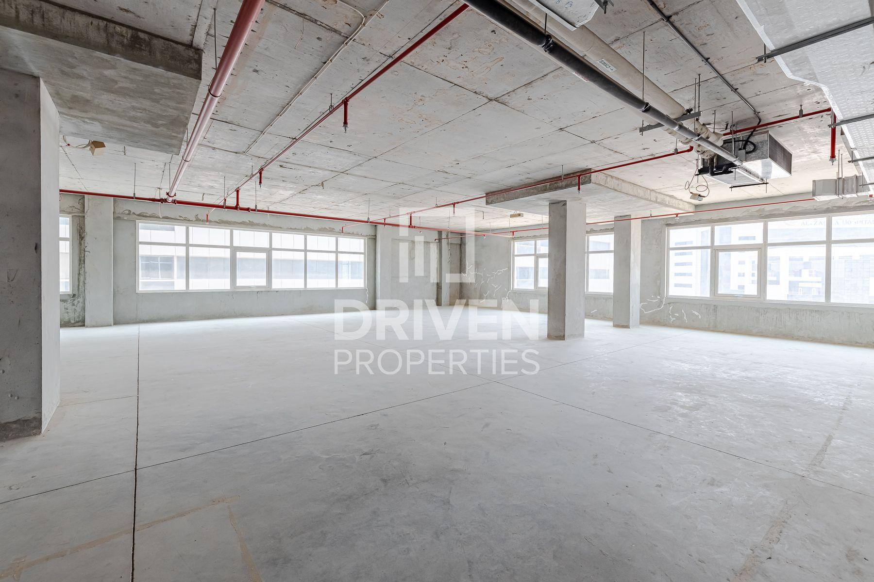 2,225 قدم مربع  مكتب - للايجار - البرشاء