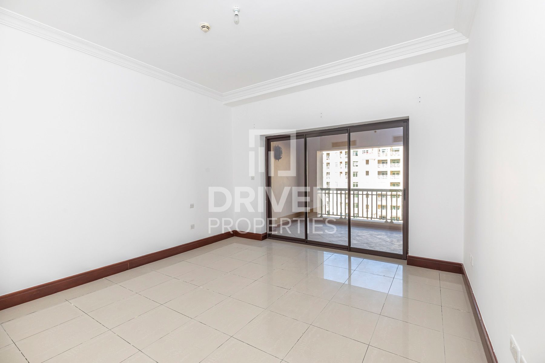 Large and High Floor Unit | Garden Views