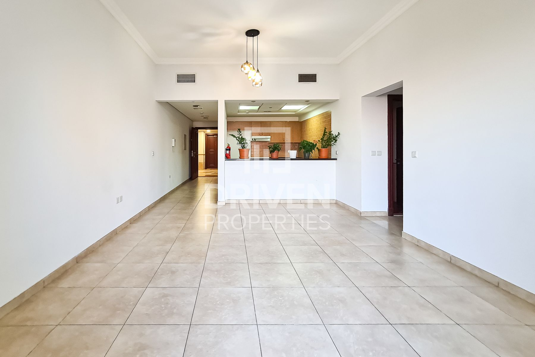 Stunning Canal View | High Floor | Vacant