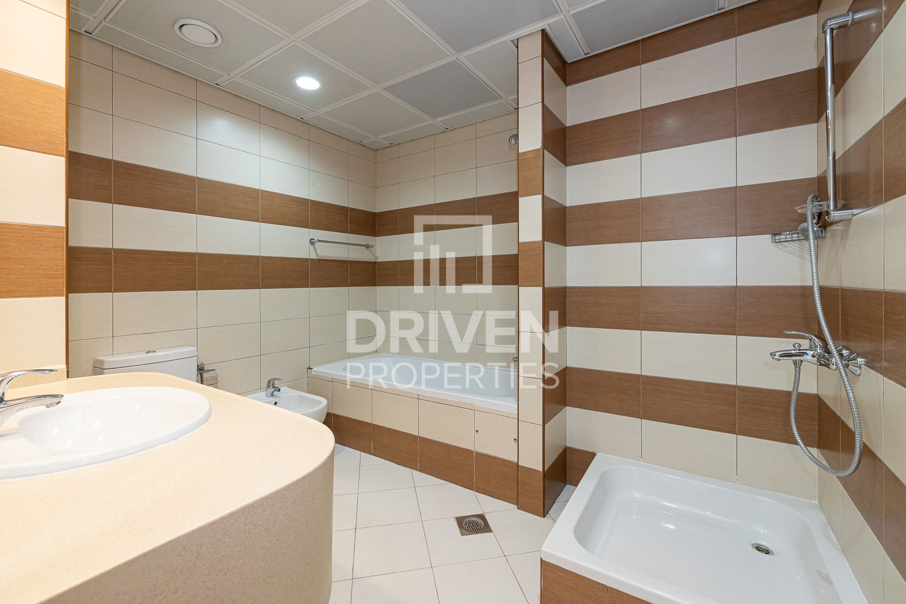 Apartment for Rent in Blue Tower - Sheikh Zayed Road