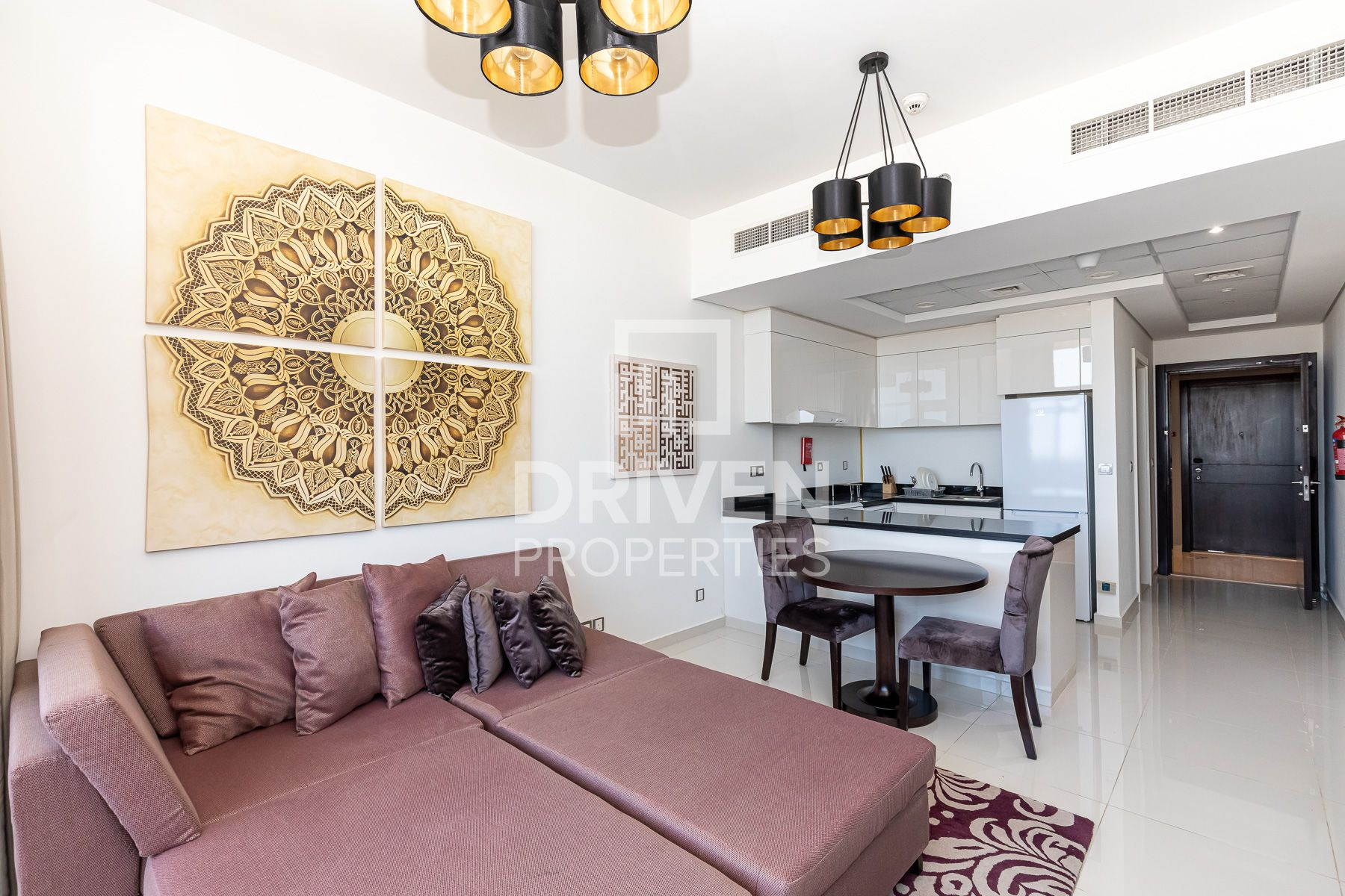 Furnished 1Bed Apartment | on High Floor