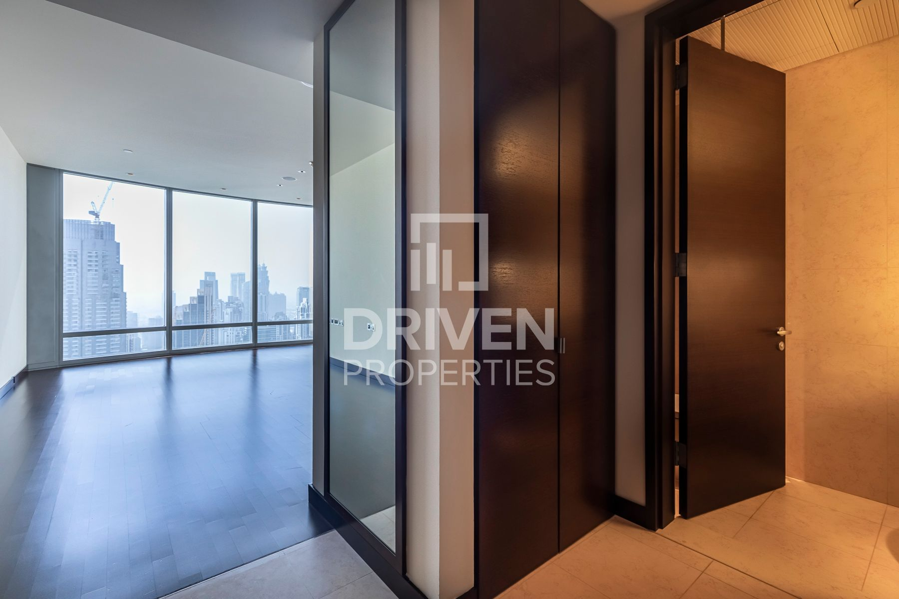 Luxurious | High Floor | Best Facilities