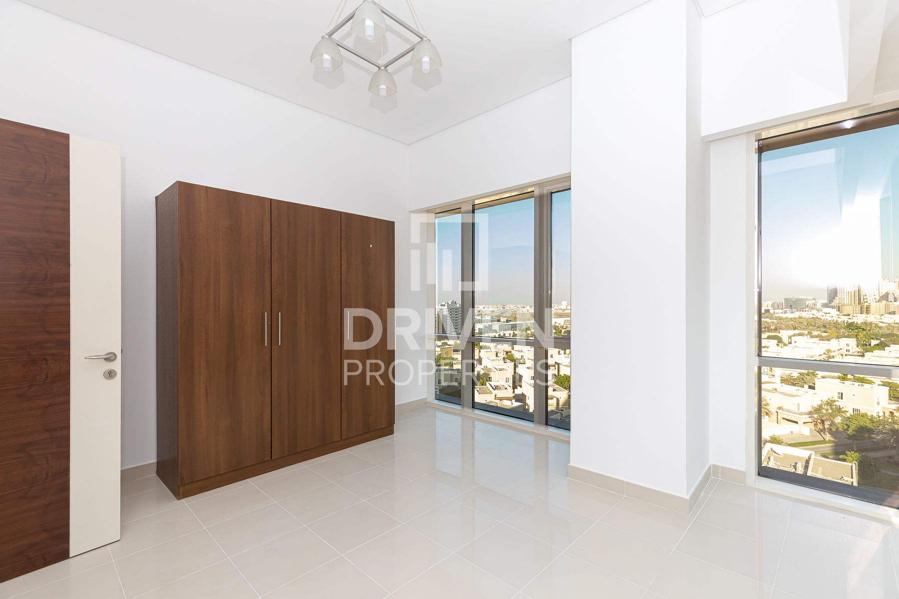 Amazing unit With Serene Views | Ready on