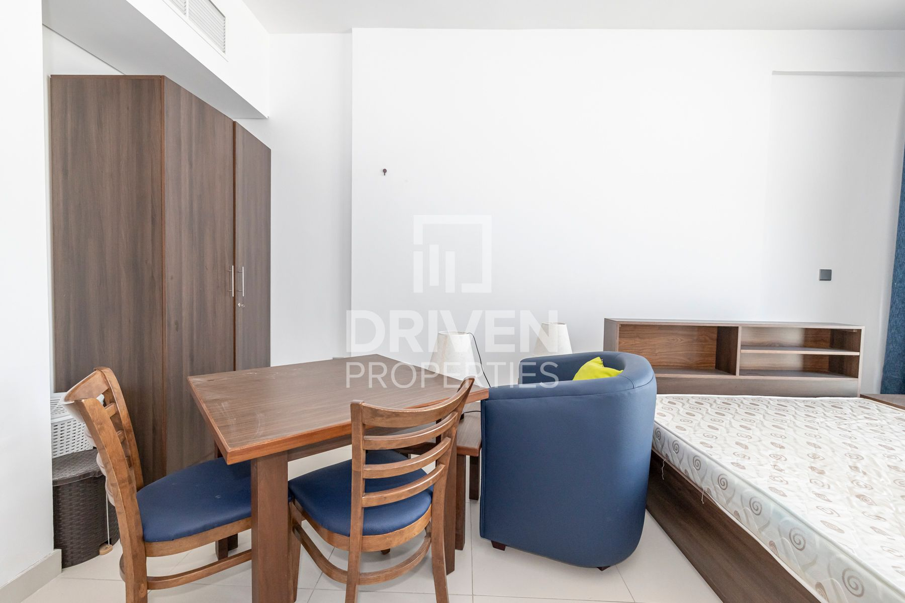 Studio for Rent in Binghatti Vista - Dubai Silicon Oasis