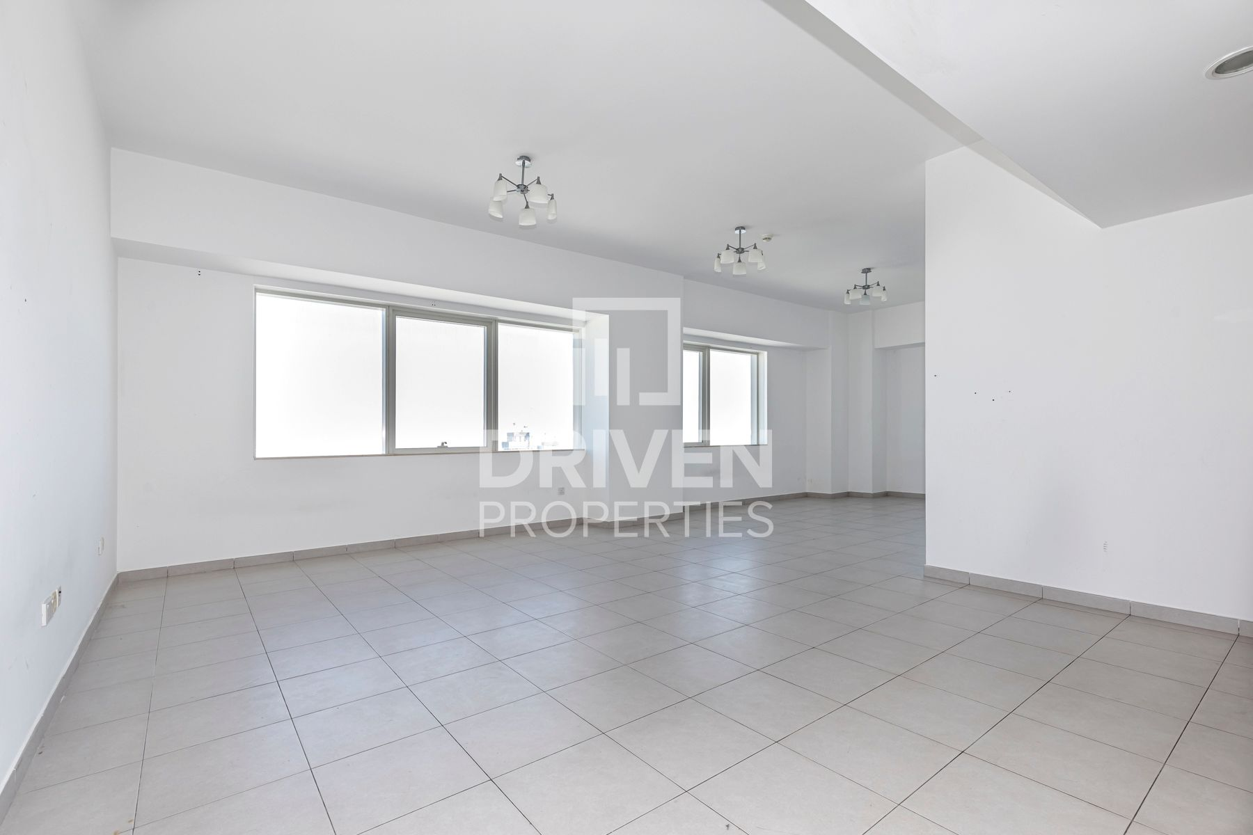 Vacant Unit w/ 2 Months and Chiller Free
