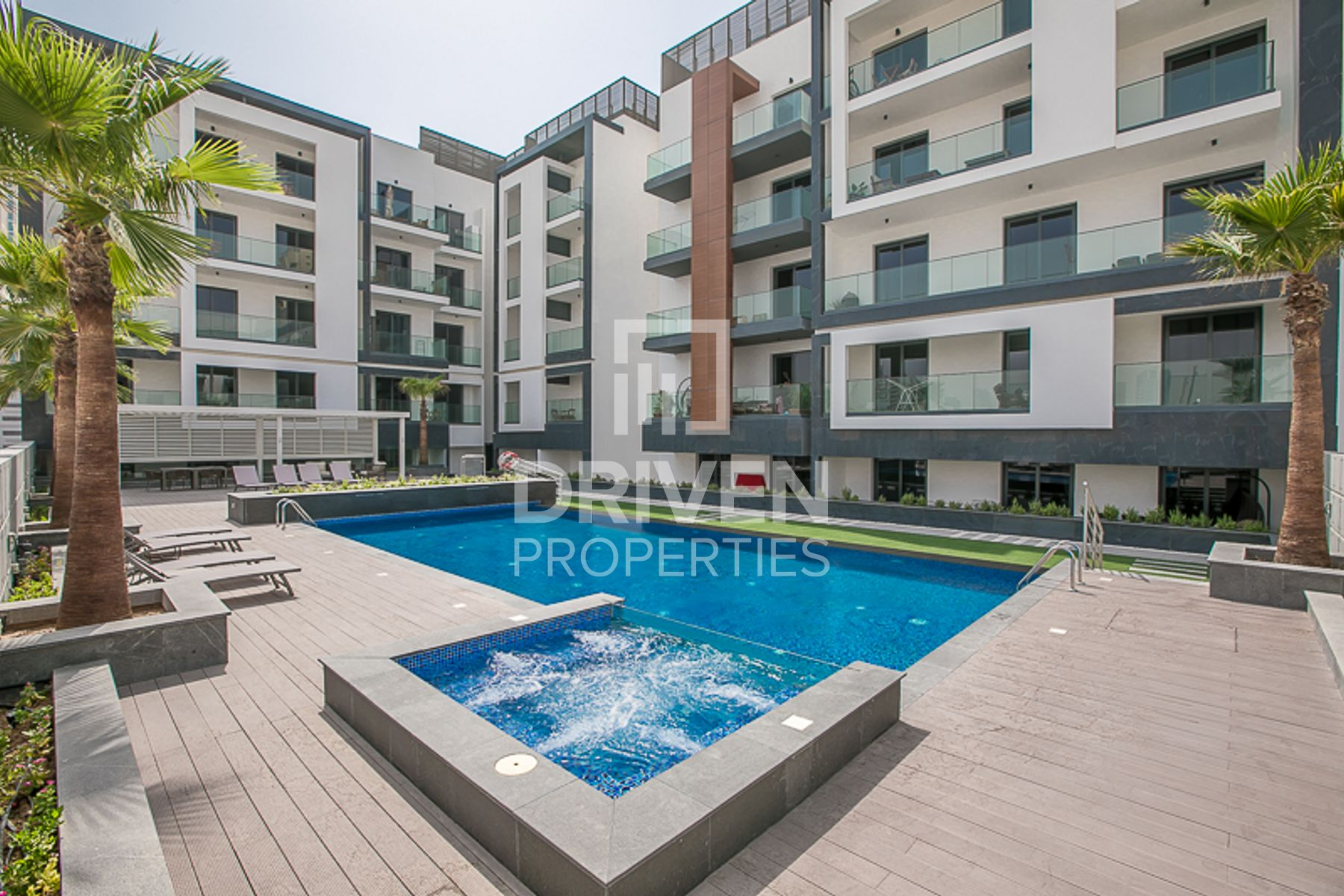 Exclusive 1 bedroom Apartment with Terrace