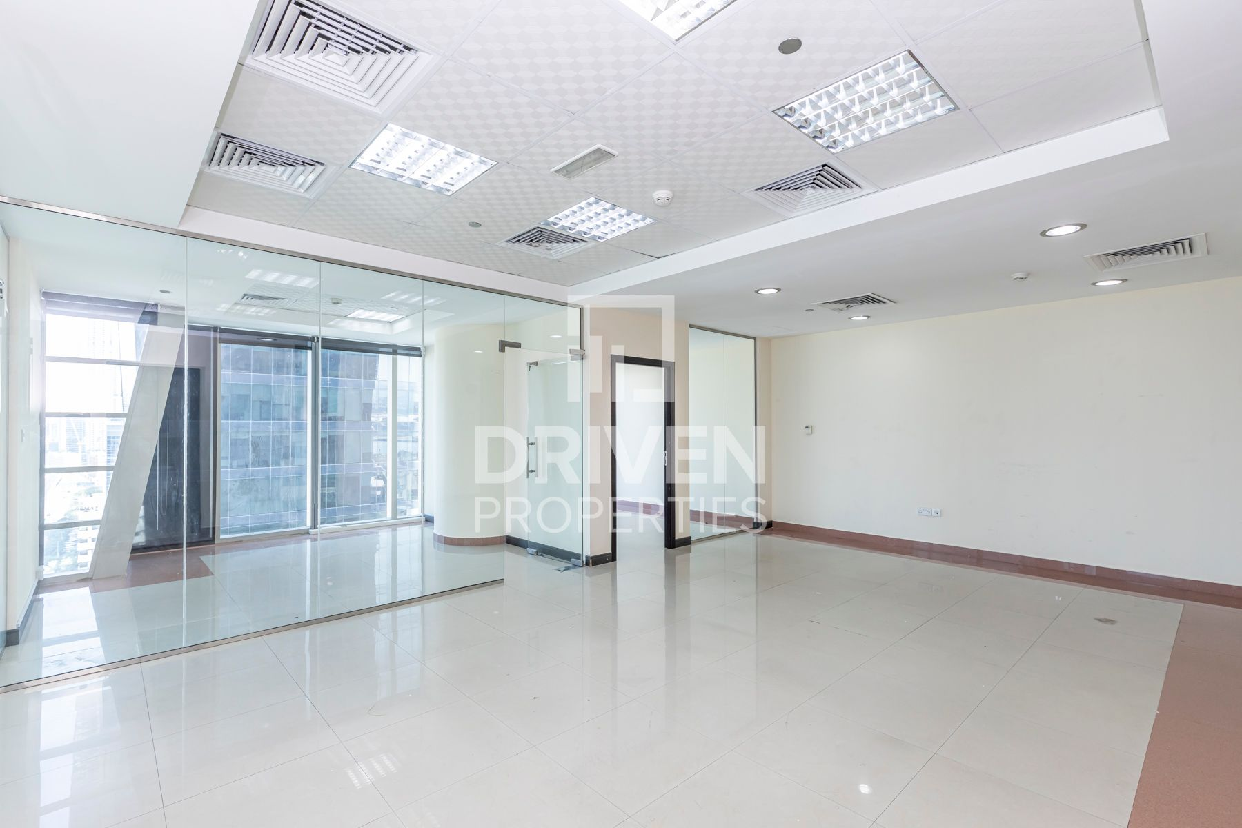 Spacious | Fully Fitted | Ideal Location