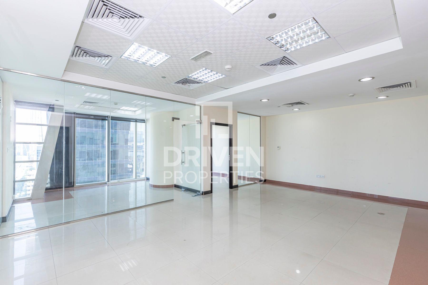 1,220 قدم مربع  مكتب - للايجار - الخليج التجاري