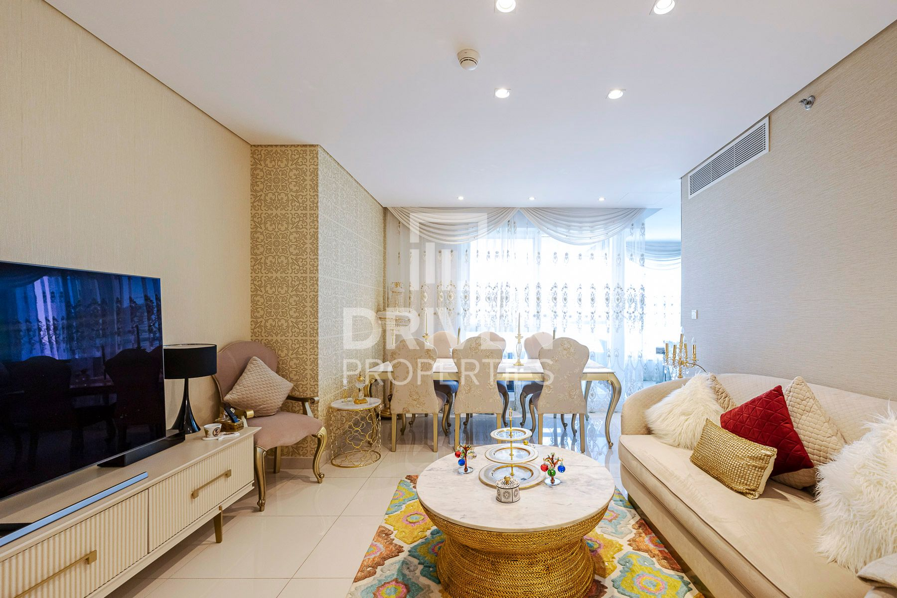 Furnished Apartment with Best Canal View