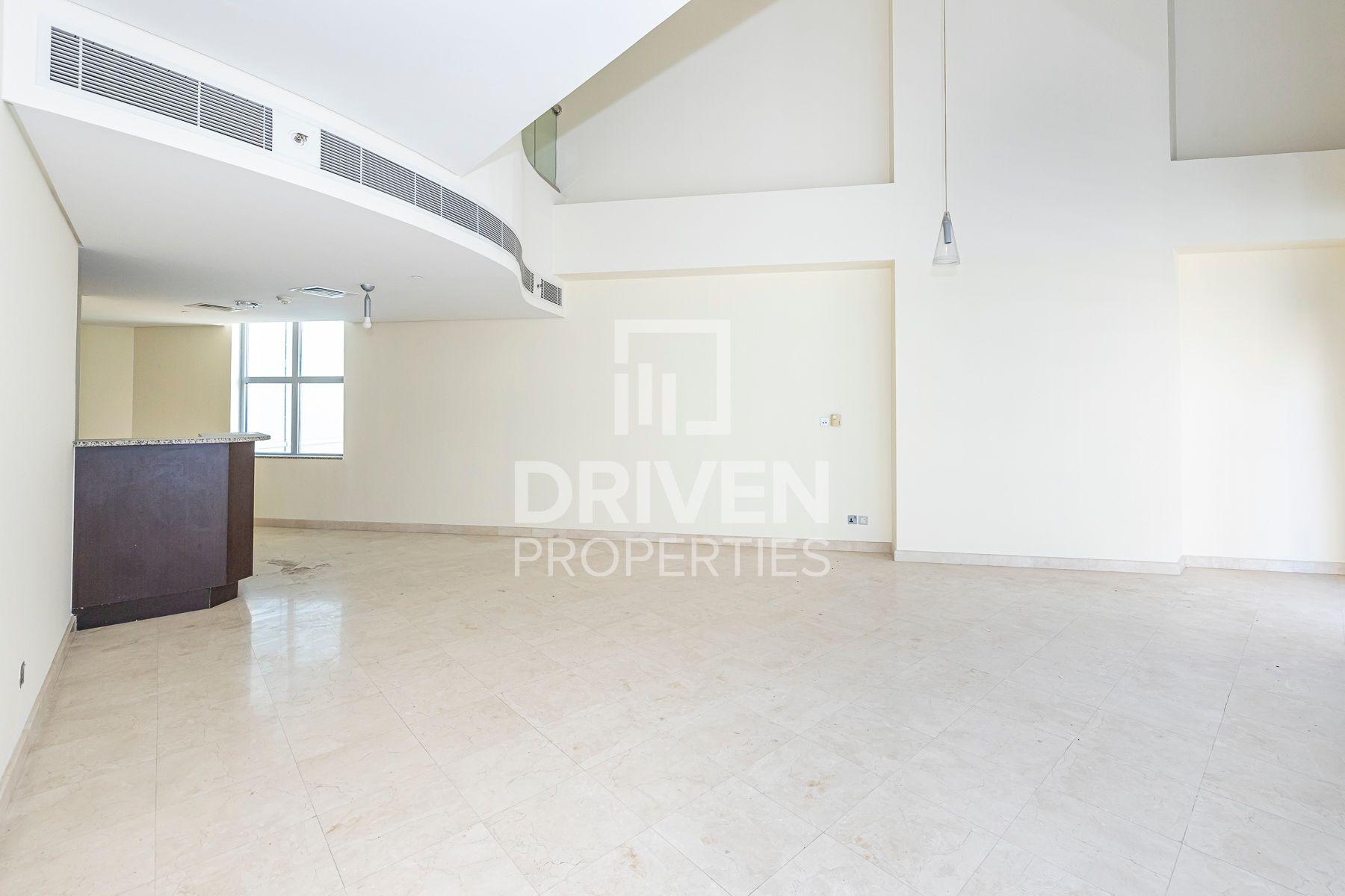 Duplex | DIFC Side  View | Amazing Offer