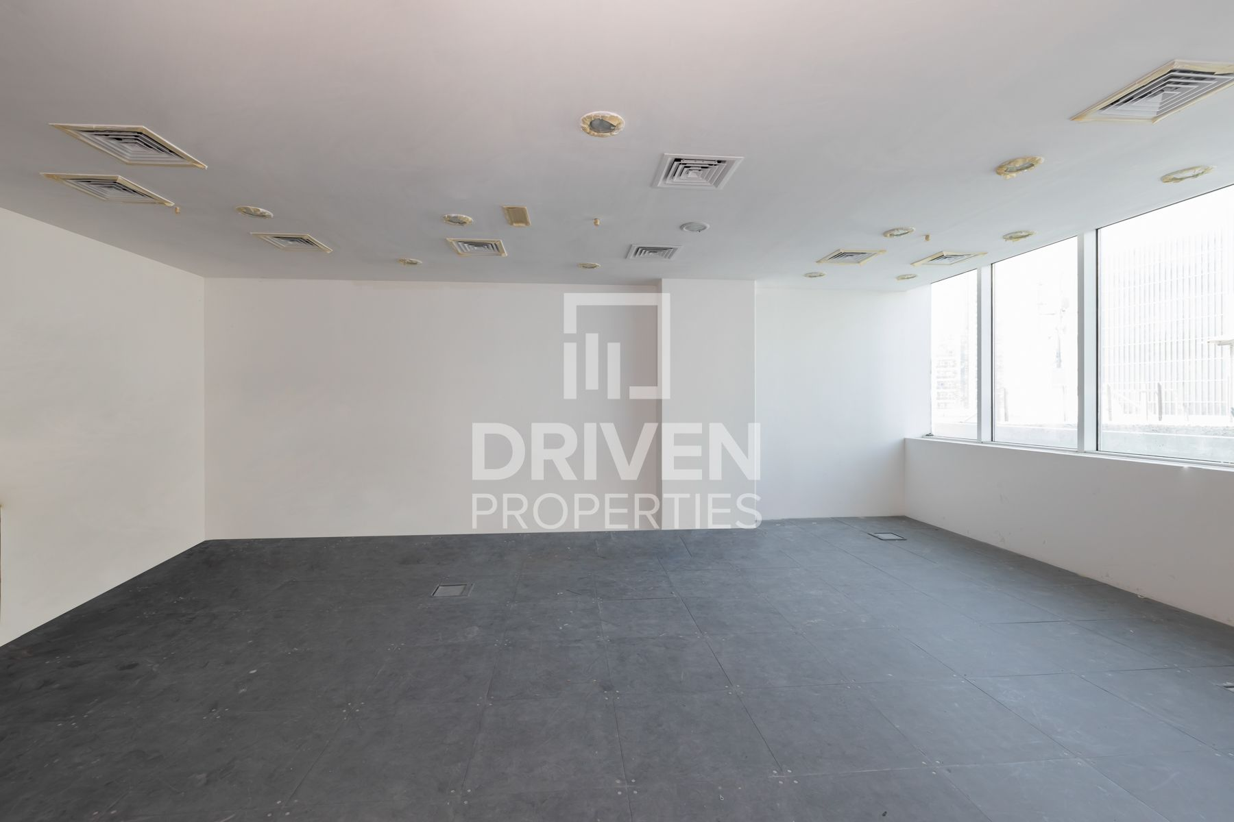 Affordable office space | with Open View