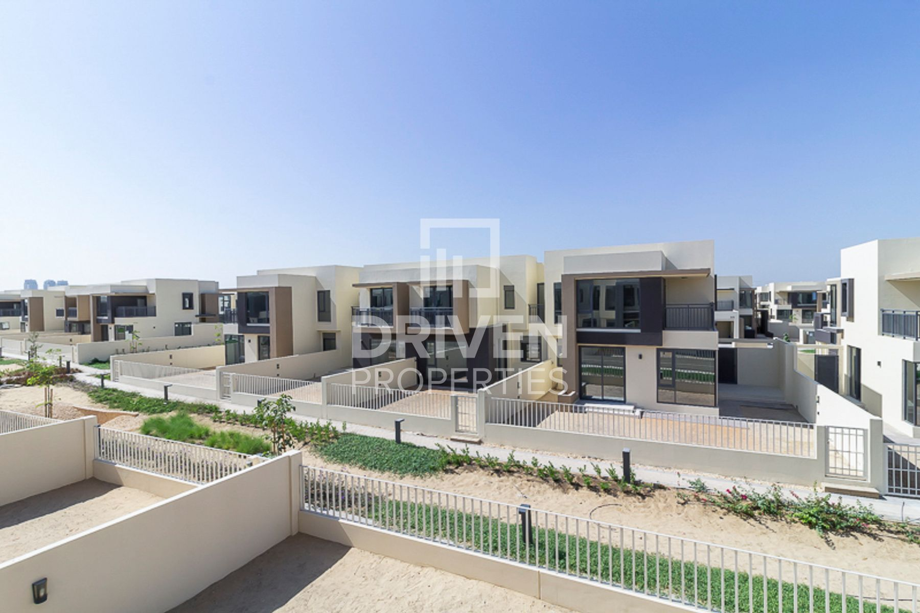 Vacant Type 2M Villa with Community View
