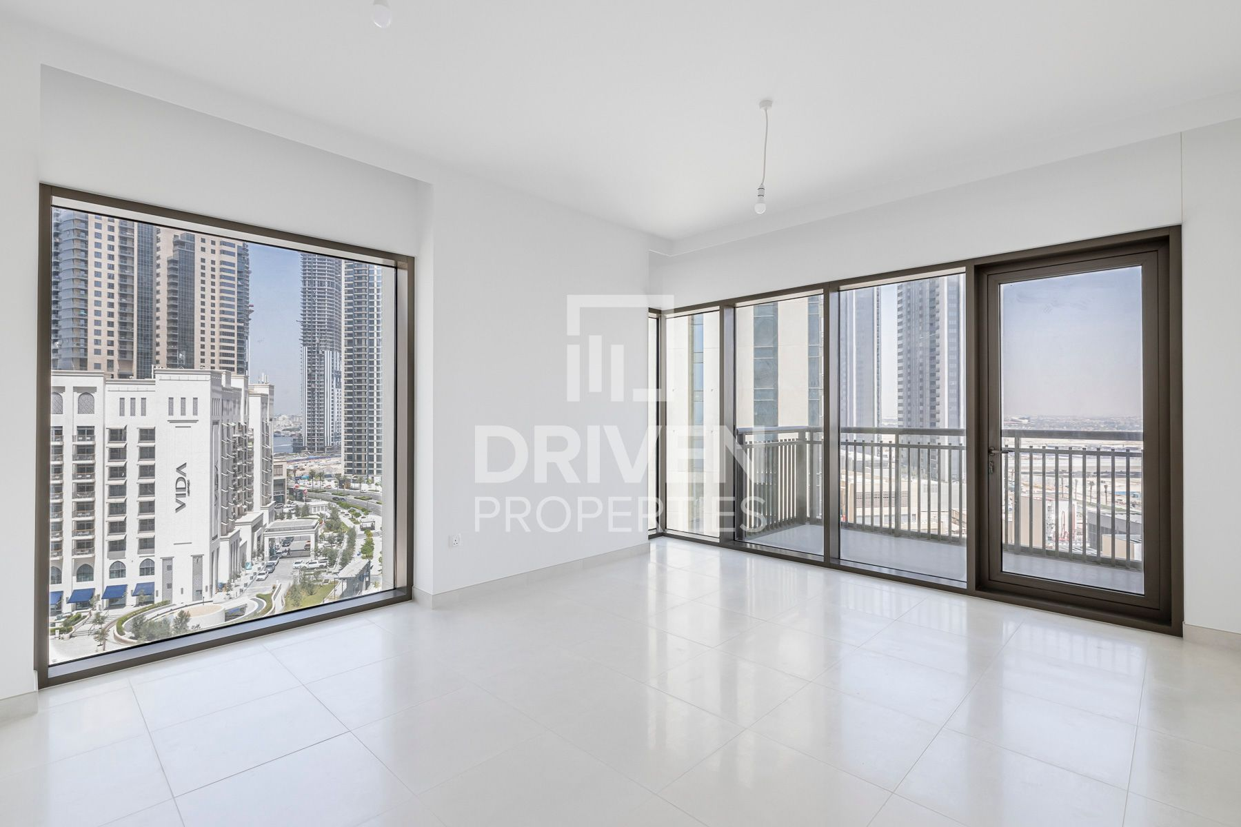 Resale | Beach and Park View | Low Floor