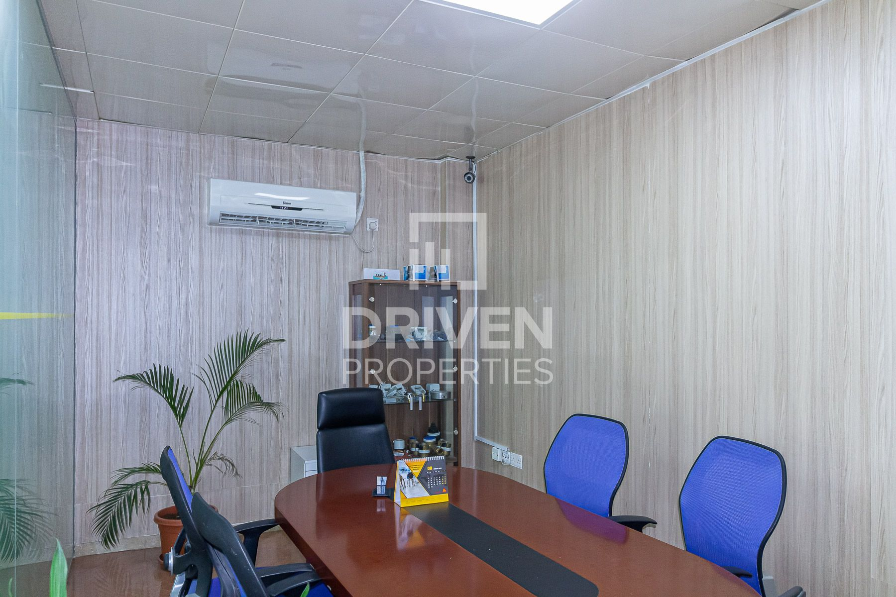 Partly Furnished Warehouse Rent in Jafza