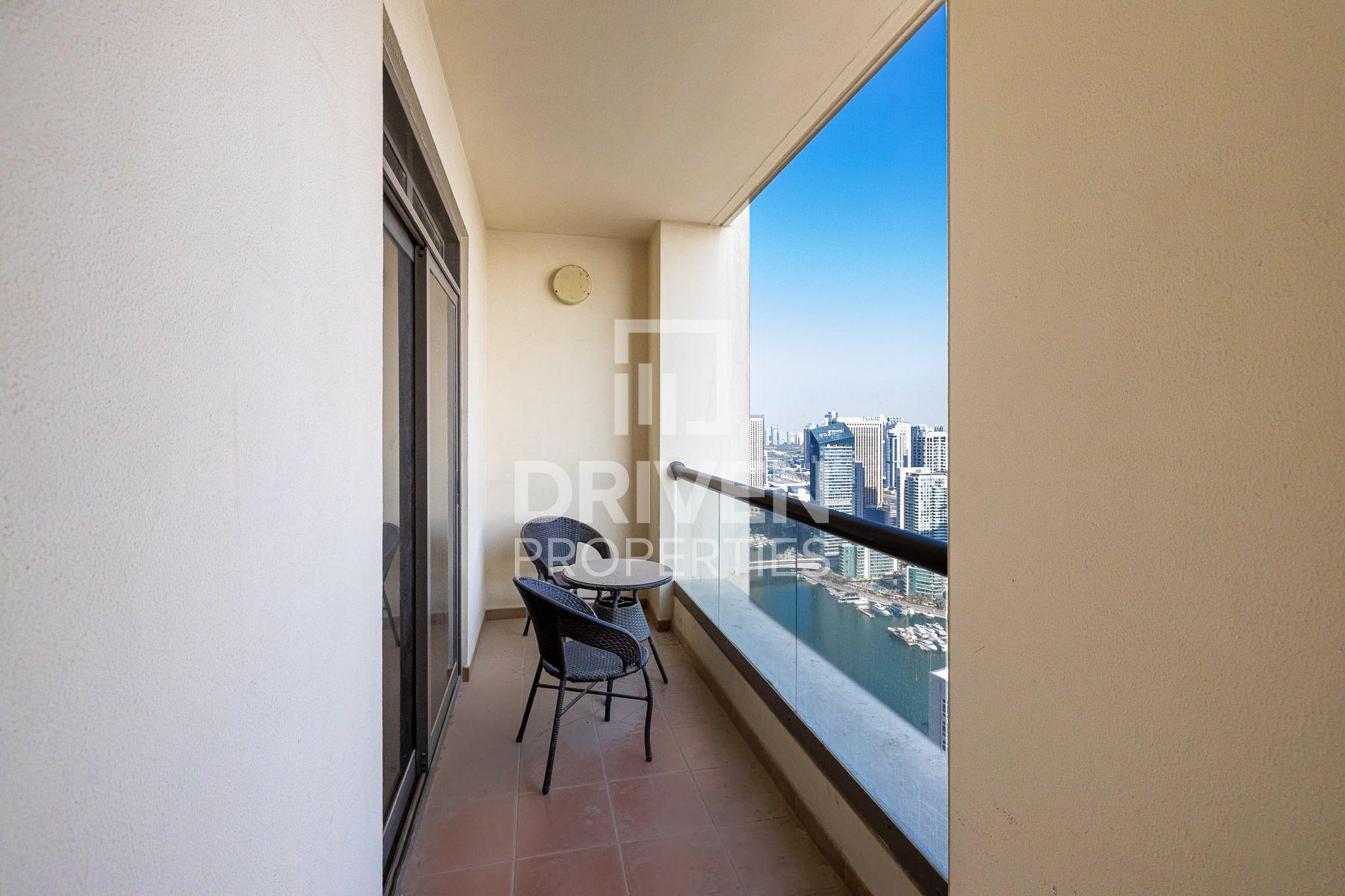 للايجار - شقة - أمواج 4 - مساكن شاطئ الجميرا