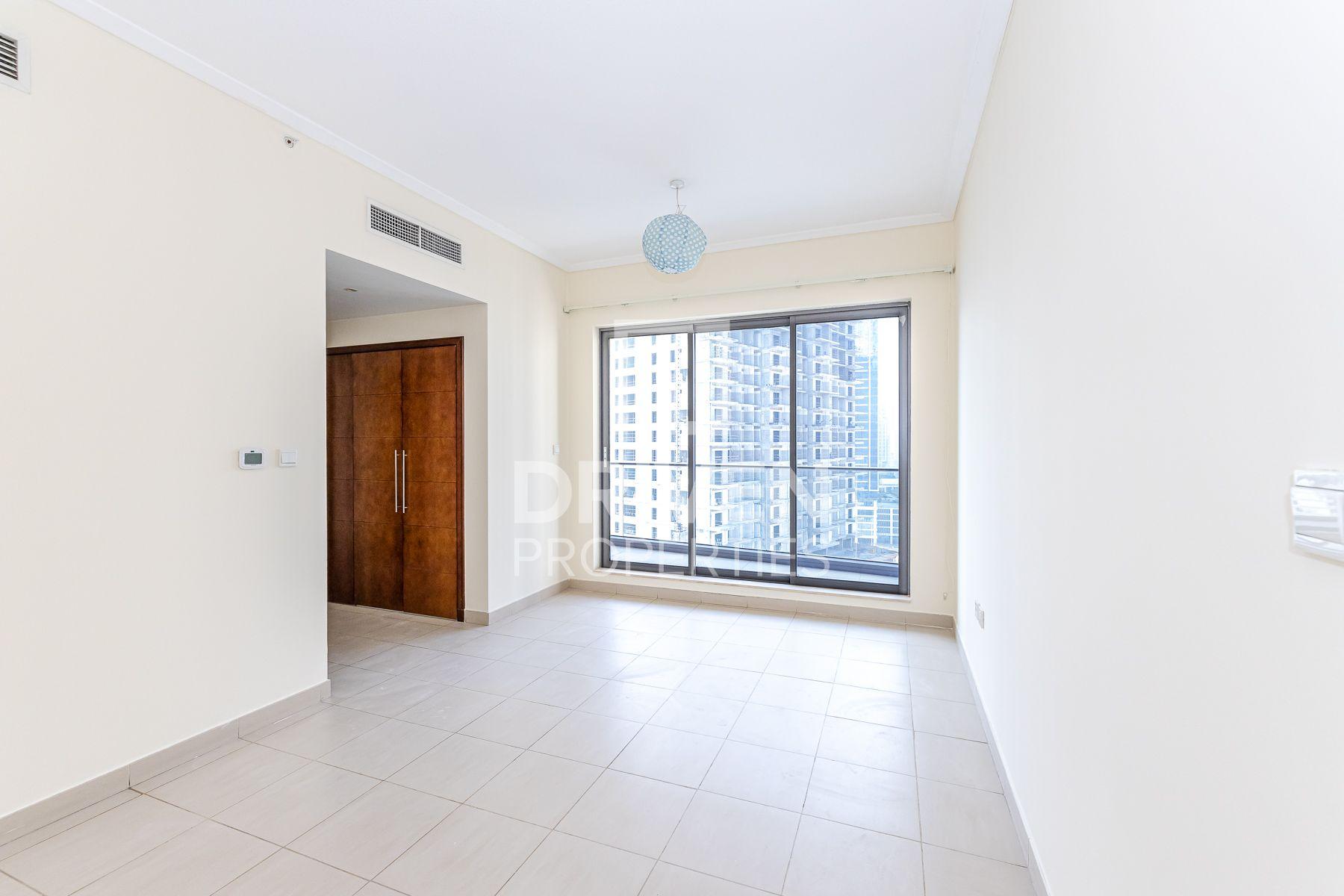 Apartment for Rent in South Ridge 5 - Downtown Dubai