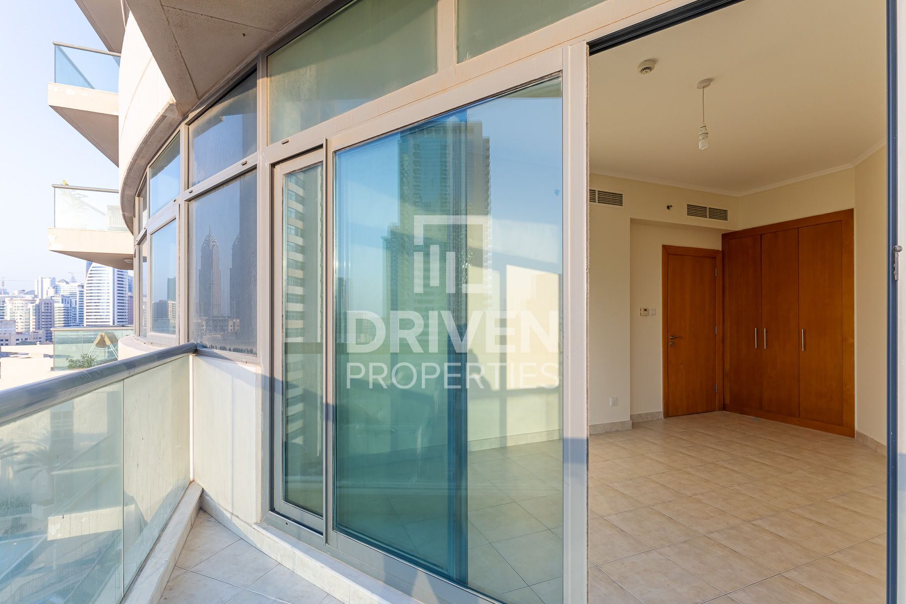 Apartment for Rent in The Links East Tower - The Views