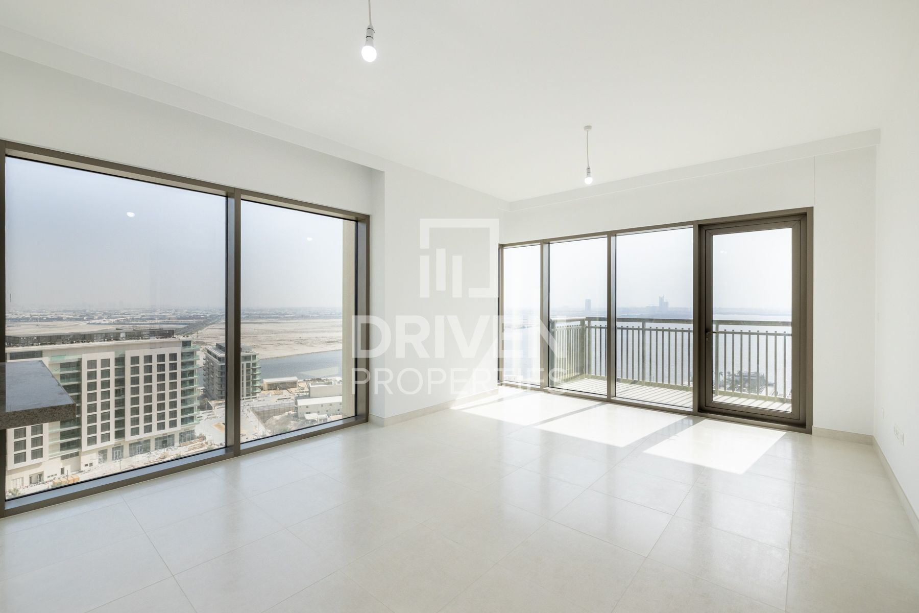 Best Apartment w/ View of Burj and Creek