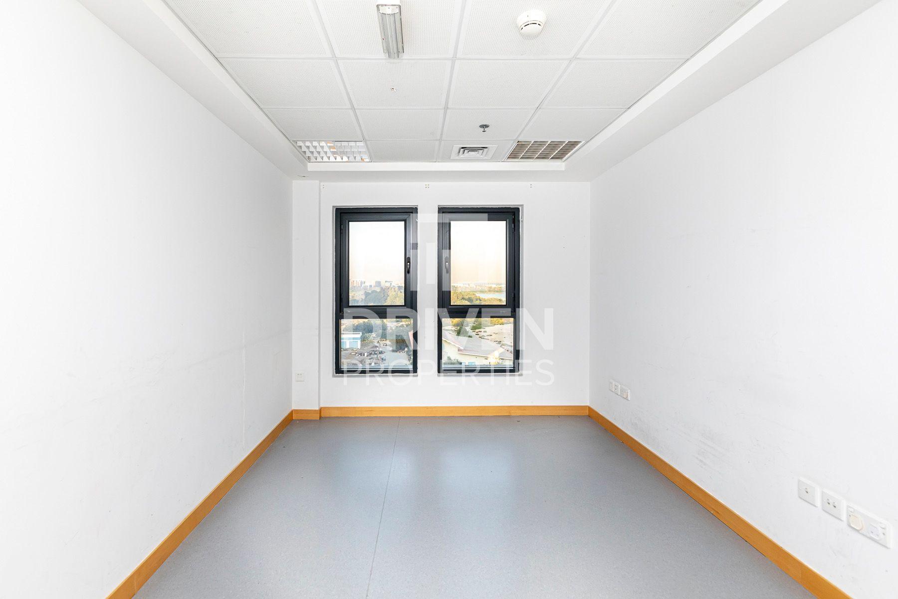 للايجار - مكتب - مبنى 27 - مدينة دبي الطبية