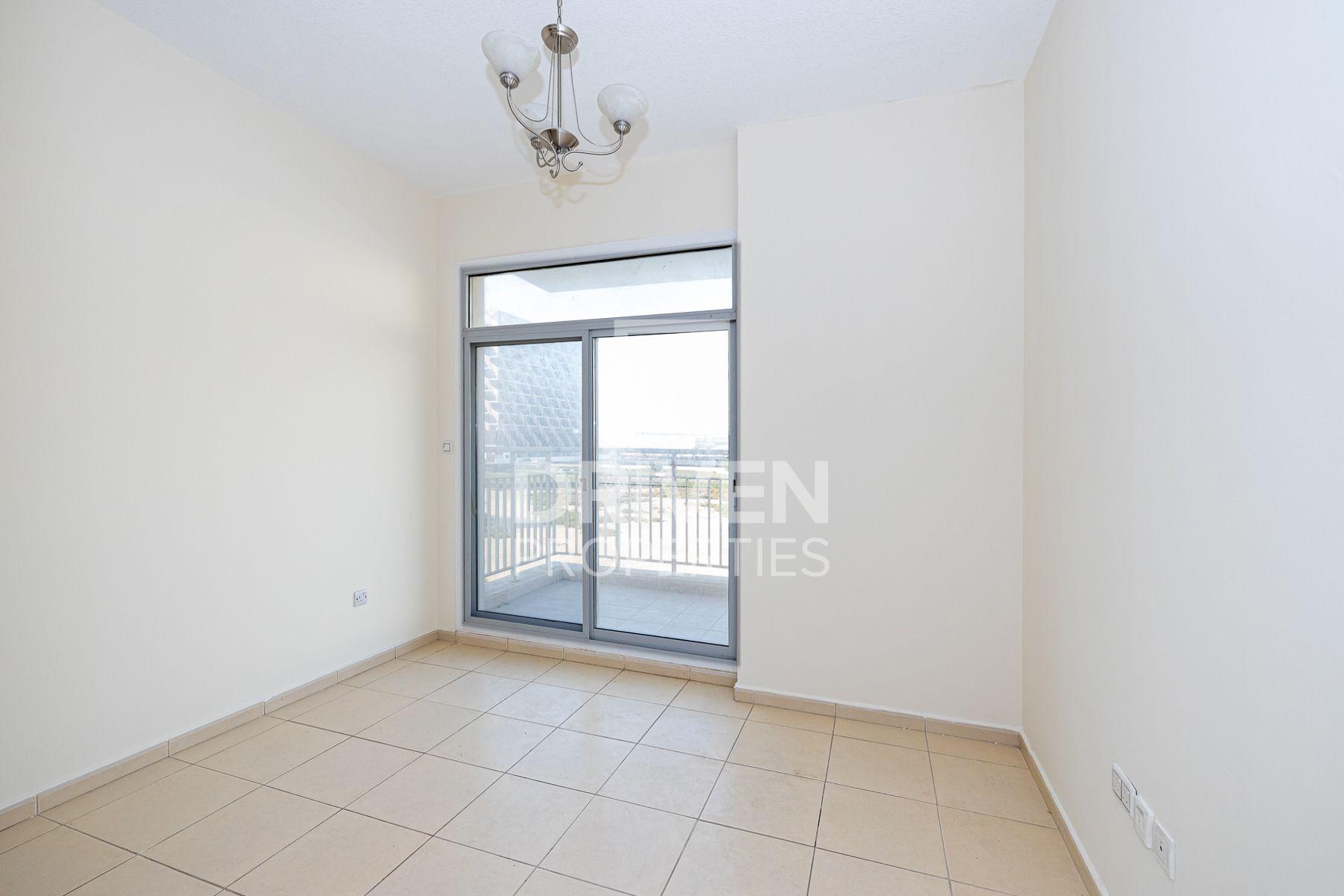 Apartment for Rent in Mazaya 9 - Dubai Land