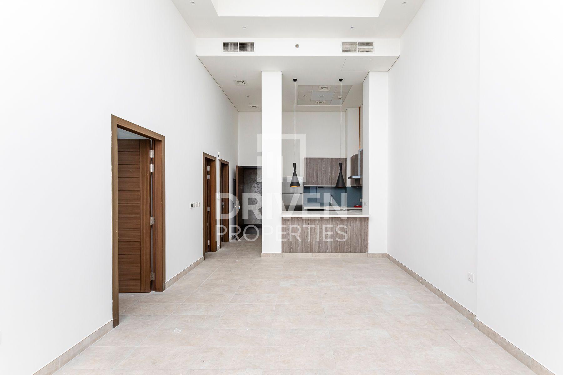 995 قدم مربع  شقة - للايجار - قرية الجميرا سركل