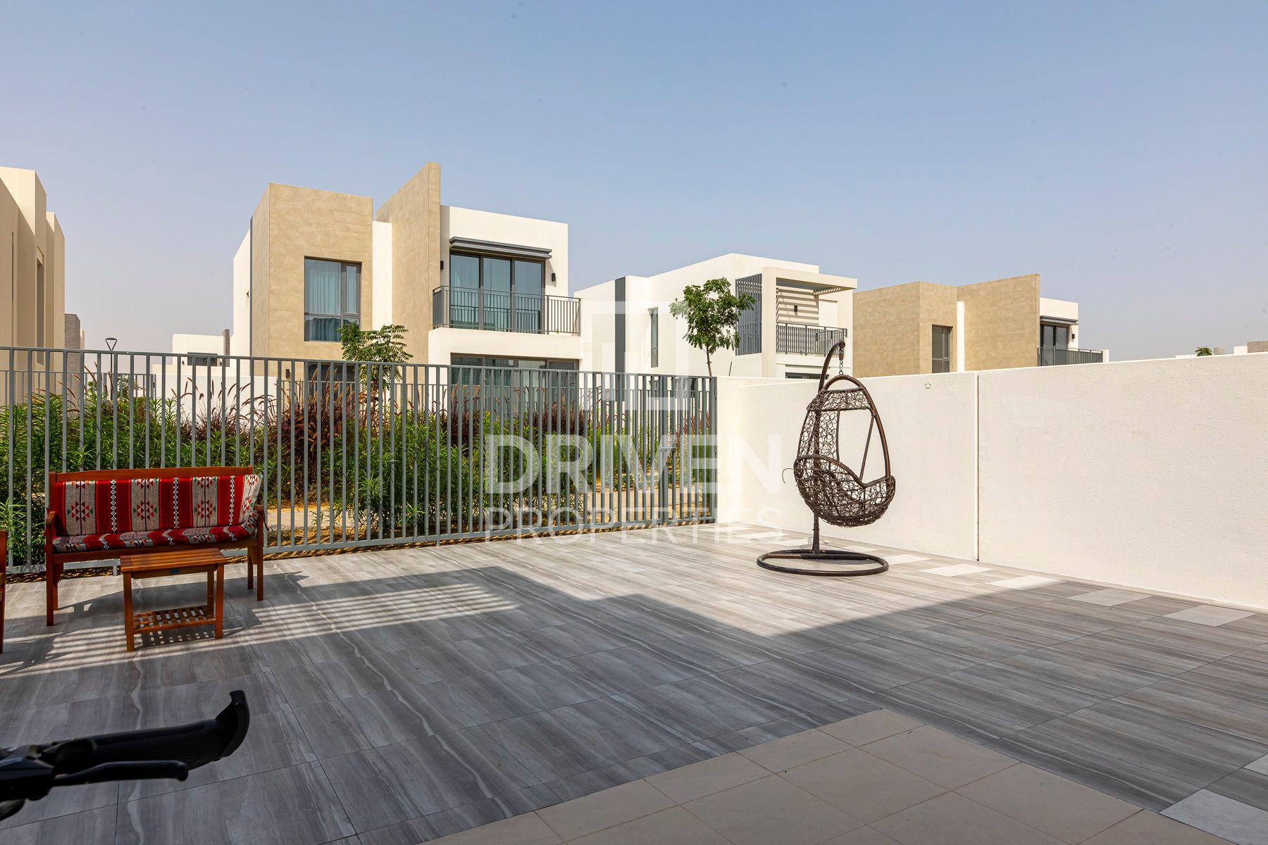 للايجار - فيلا - جولف لينكس - دبي الجنوب (مركز دبي العالمي)