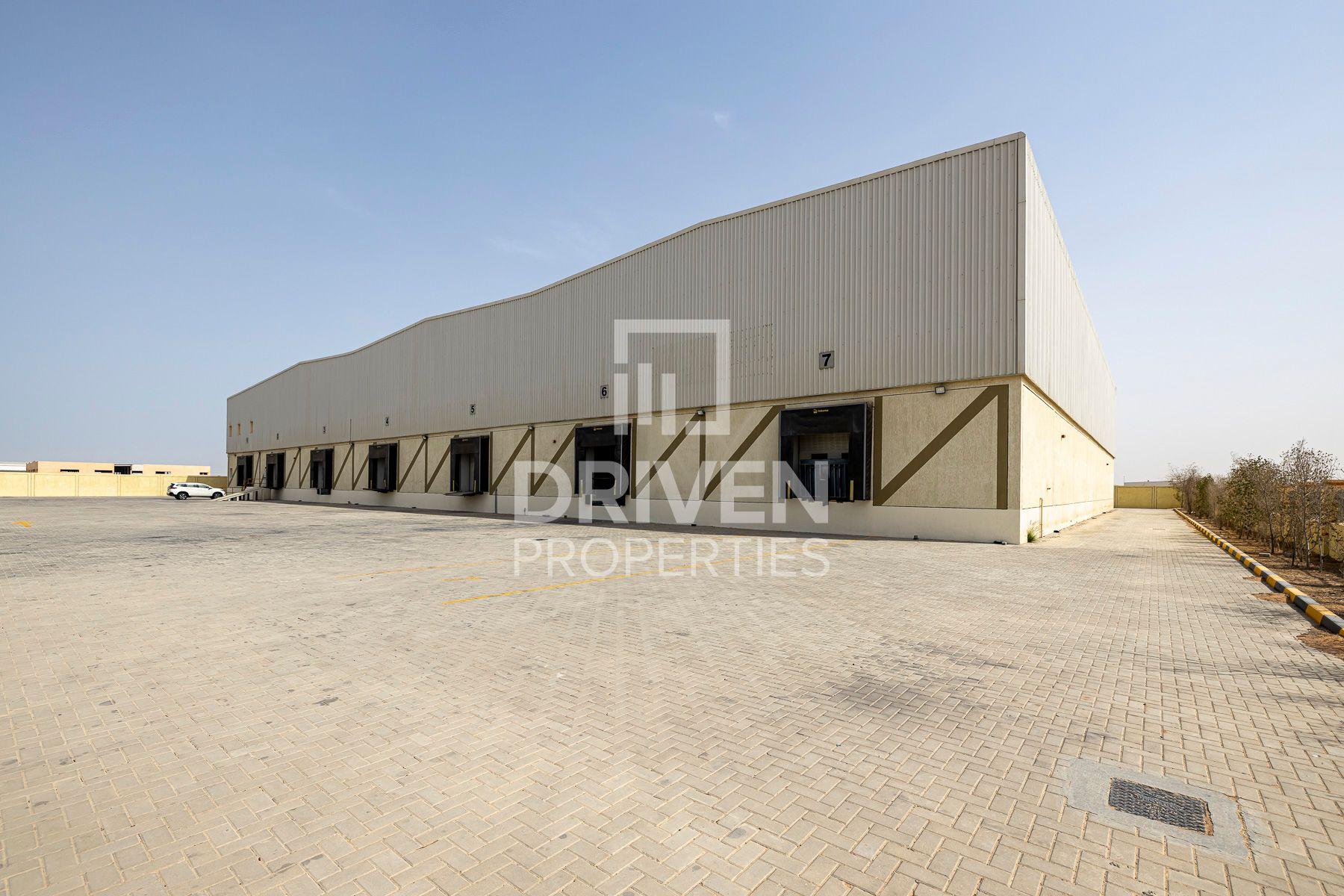 51,521 قدم مربع  مستودع - للايجار - حديقة دبي الصناعية