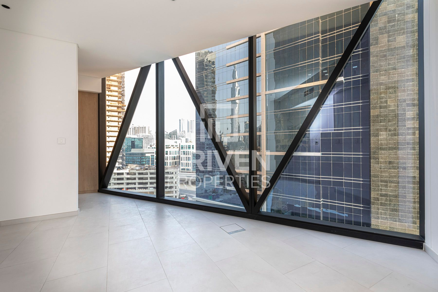 Apartment for Rent in Marquise Square Tower - Business Bay