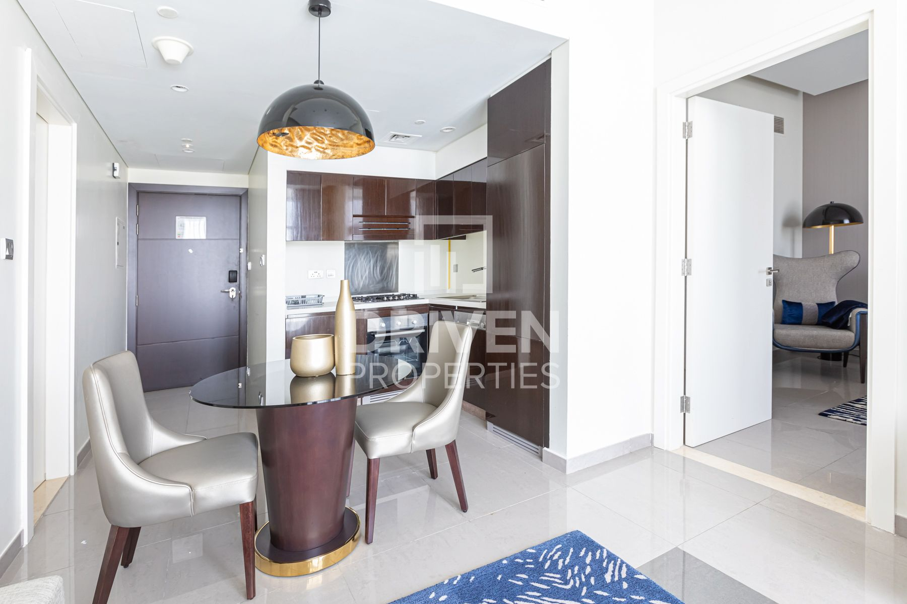 Fully Furnished   High Floor   City View
