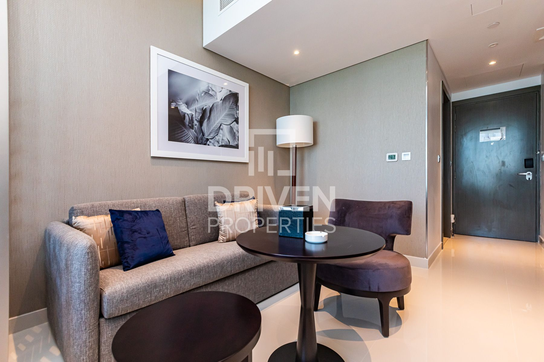 Luxurious | Full Canal view | High floor