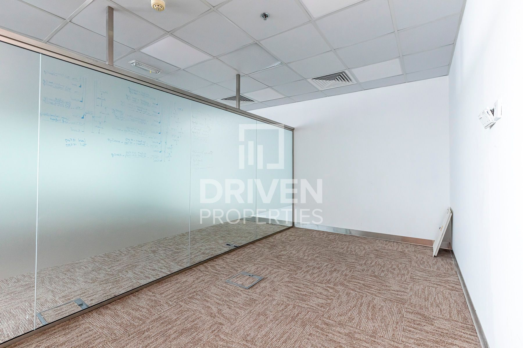 Fully Fitted Office   Near Metro Station