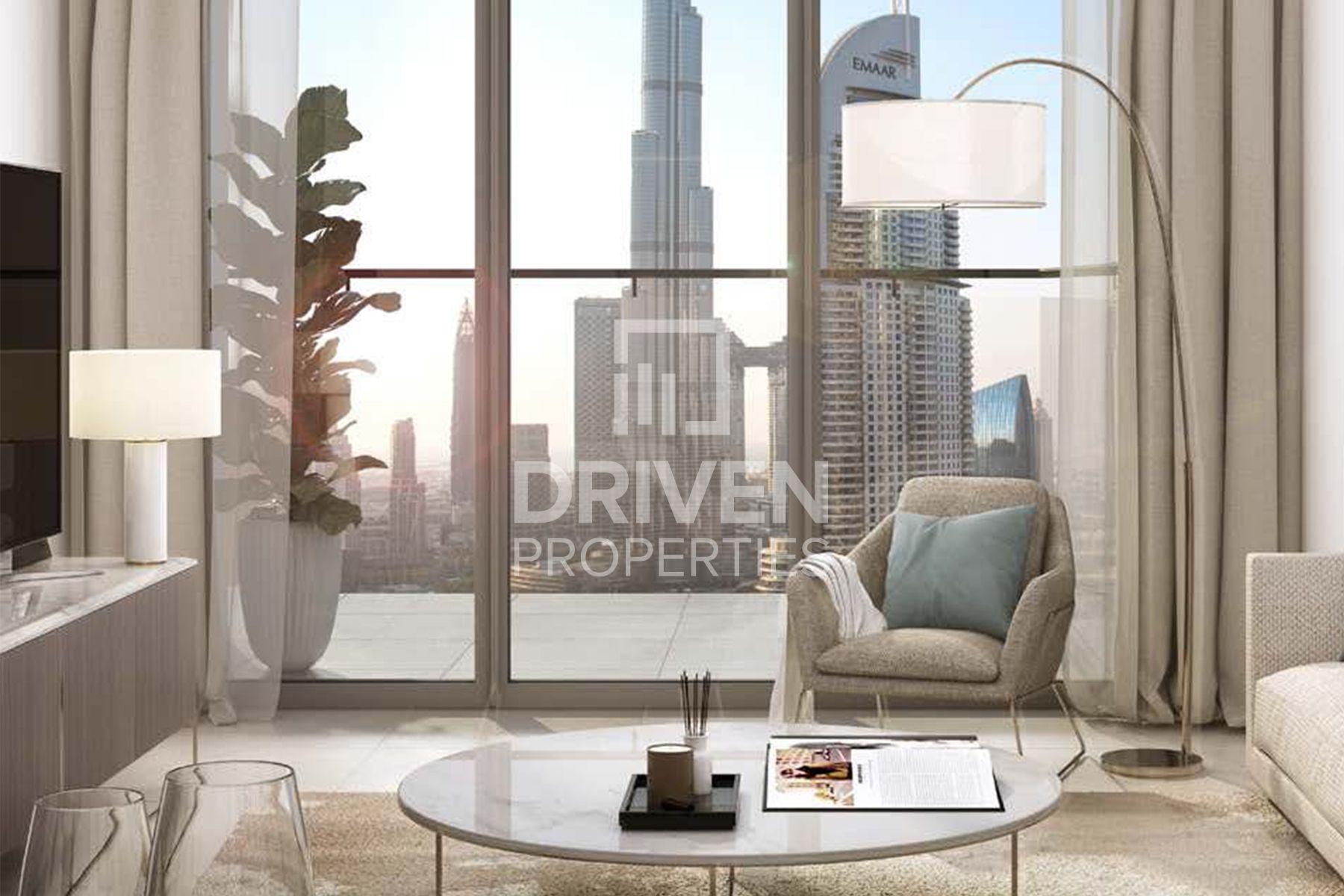 Spacious Apartment w/ Burj Khalifa Views