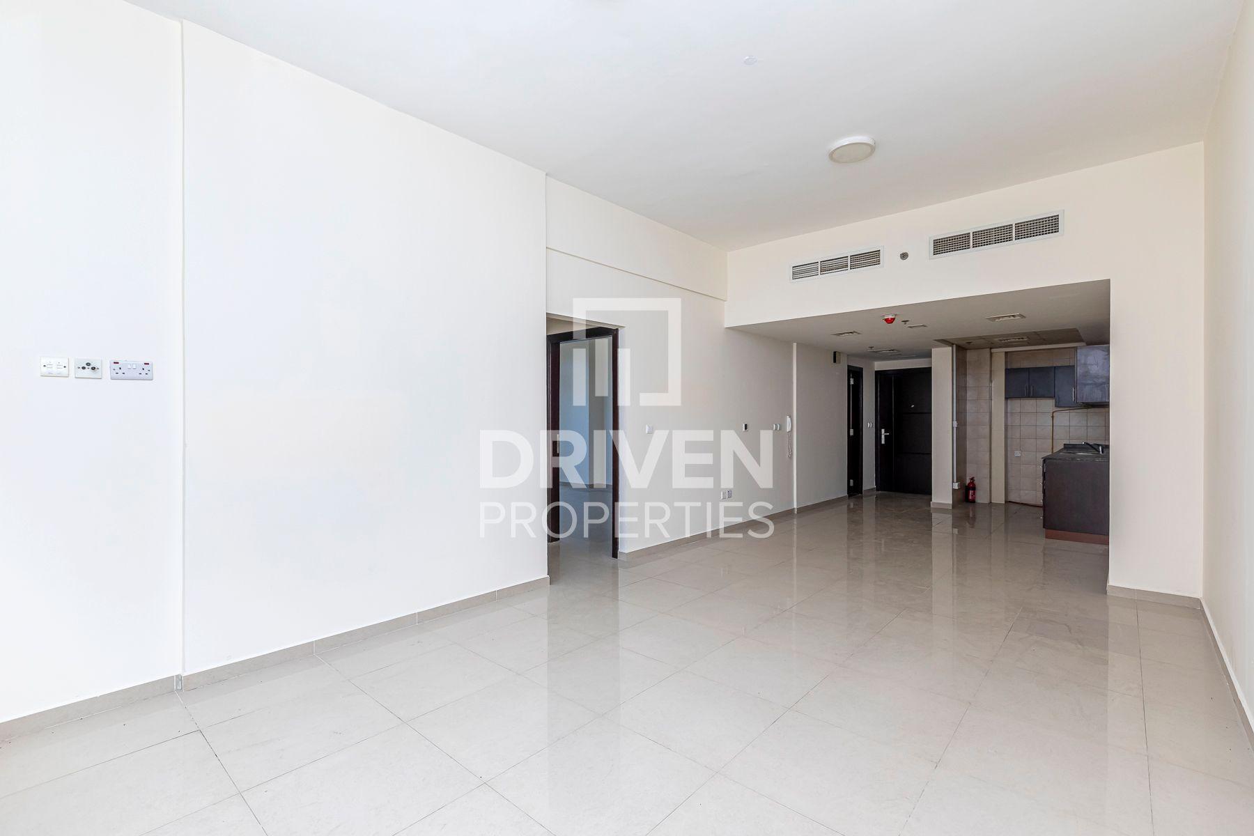1,225 قدم مربع  شقة - للايجار - مدينة دبي الرياضية